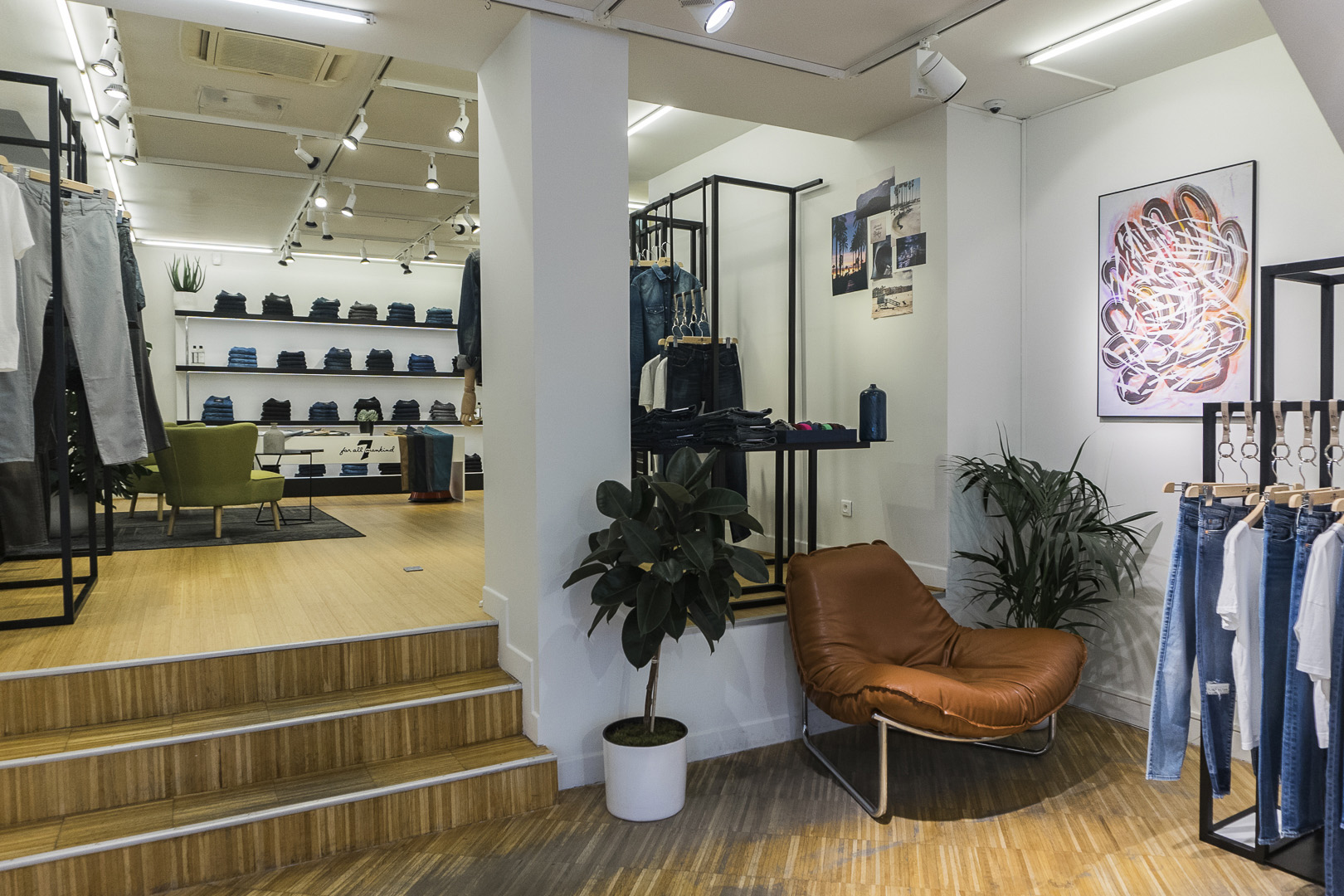 7 FOR ALL MANKIND POP UP STORE PARIS 4